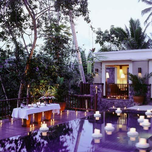 Kayu manis ubud villa ayung river pool villa for Garden pool villa ubud village resort